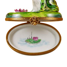 "Load image into Gallery viewer, Rochard ""Frog with Crown"" Limoges Box"