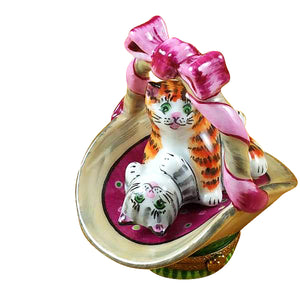 "Rochard ""Two Cats in Basket"" Limoges Box"
