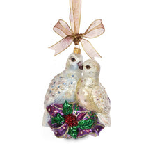 Load image into Gallery viewer, Jay Strongwater Two Turtle Doves Glass Ornament
