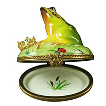 Load image into Gallery viewer, Frog with Crown Limoges Box