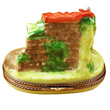Load image into Gallery viewer, Mini Manger Scene Limoges Box