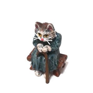 Cat Grandma On Bench / Stick Vienna Bronze Figurine
