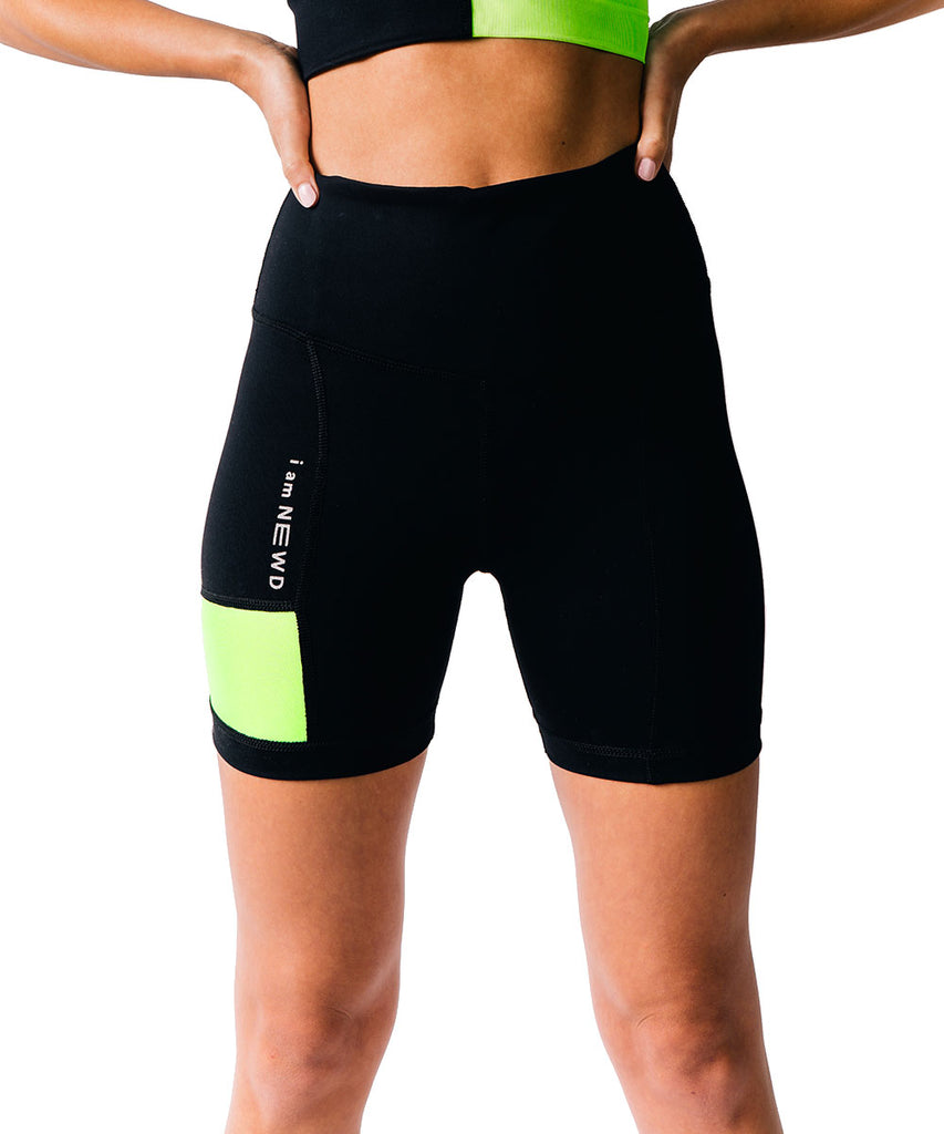 FLASH SHORTS BLACK/GREEN