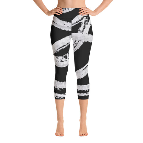 Imperfect Black Wave Yoga Capri Leggings