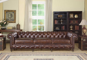 WATERLOO  CHESTERFIELD - Classic Chesterfield