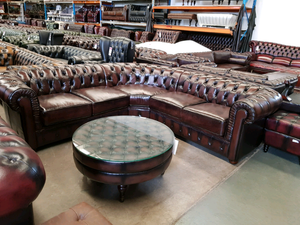 VICTORIA CORNER CHESTERFIELD - Classic Chesterfield