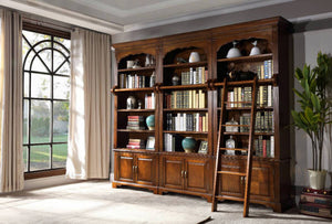 BOSTON BOOKCASE - Classic Chesterfield