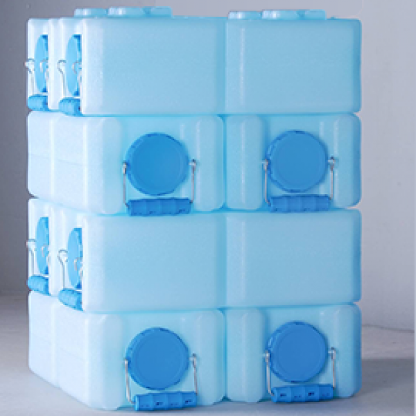 8 Stackable Water Storage Containers-- 28 Gallons
