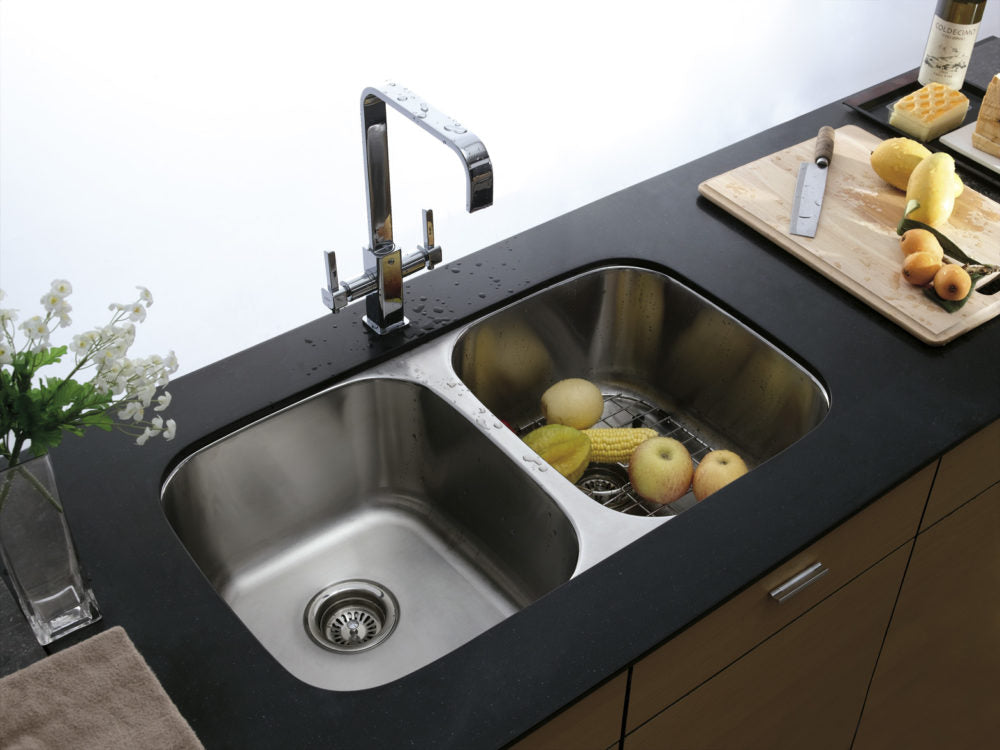 Tips on Shopping for a Stainless-Steel Sink