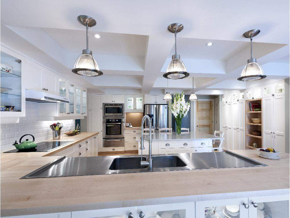 Ways To Keep The Kitchen Sink Sparkling
