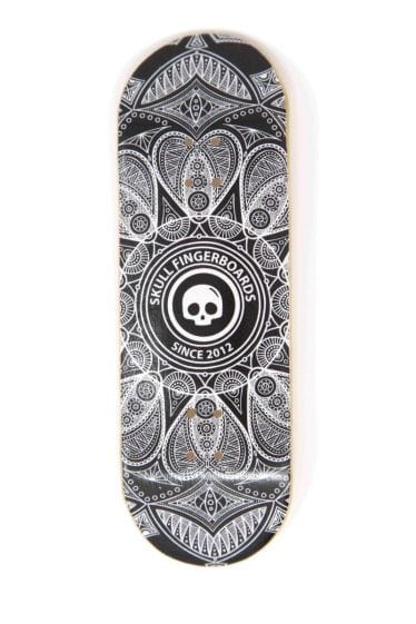 The Web Wooden Fingerboard Graphic Deck (32mm)