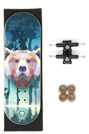 The Grizzly Bear Complete Wooden Fingerboard (32mm)