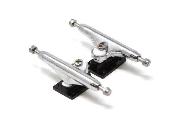 Dynamic Trucks - 34mm Chrome Black Baseplate