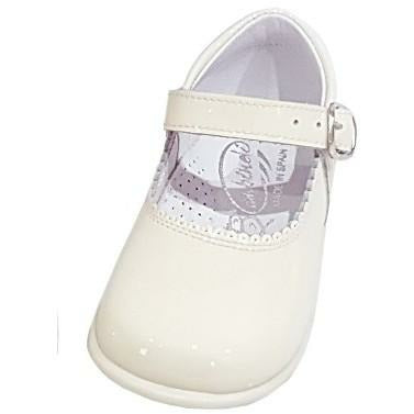 Baby Mary Janes in patent Bambi cream 457