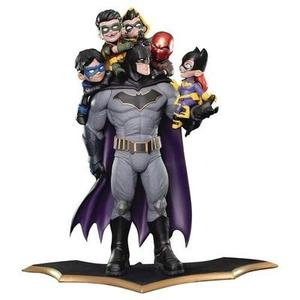 Batman Family Q-Master Diorama Statue -Action Figure-My Hero Booth