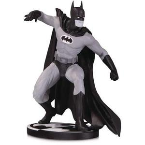 DC Collectibles Batman Black & White: Batman by Gene Colan Statue, Multicolor | My Hero Booth