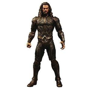 Mezco Toys DC Justice League Movie Aquaman Figure | My Hero Booth