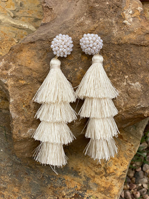 Pretty Little Thing Earrings- Cream