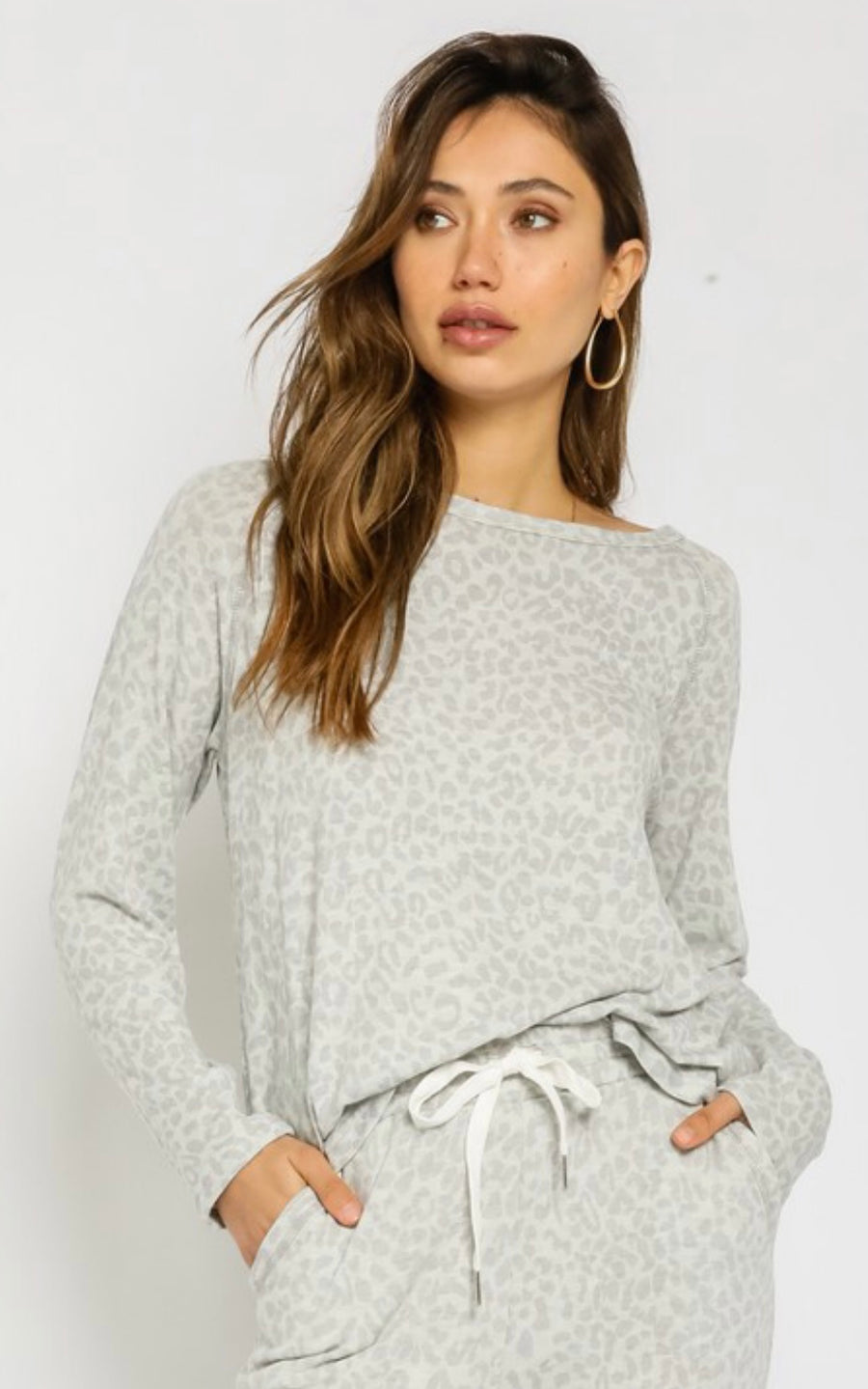 LISA LEOPARD BOAT NECK TOP