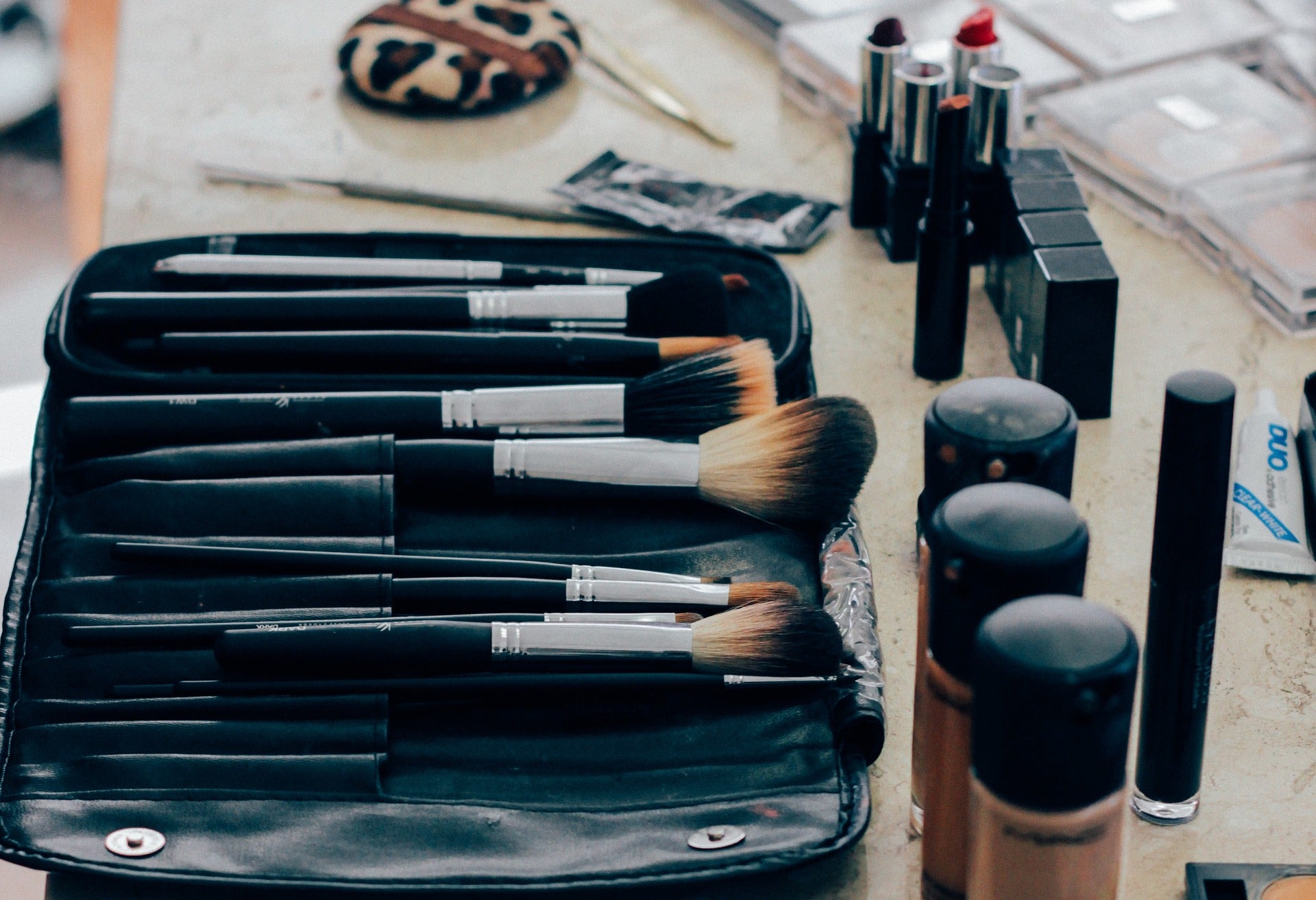 Step by Step guide for doing professional makeup at home