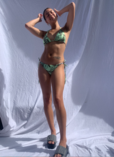 Load image into Gallery viewer, TROPICAL TIE BIKINI BOTTOMS