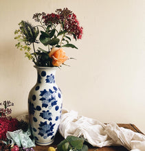 Load image into Gallery viewer, Vintage Blue & White Decorative Floral Vase