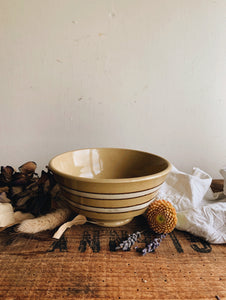 Vintage Earth-ware Bowl