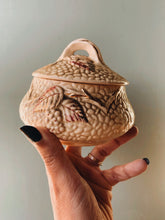 Load image into Gallery viewer, Vintage Wade Bramble Pot