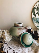 Load image into Gallery viewer, Hand~thrown Salt Glaze Drip Green Pot with Lid