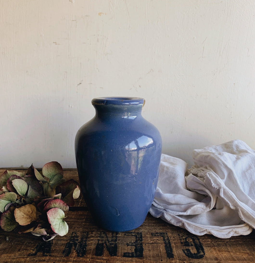 Antique Cornflower Blue Polish Pot