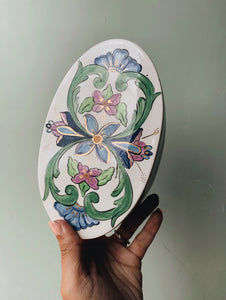 Vintage Hand~painted Floral Decorative Ceramic Dish with Lif