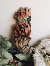 Load image into Gallery viewer, Antique Floral Wooden Decorative Moulds