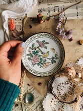 Load image into Gallery viewer, Vintage Brass Enamel Bird Dish