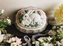 Load image into Gallery viewer, Le Cordon Blue ~ The Franklin Mint ~ Rabbit Decorative Mould