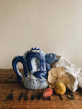 Load image into Gallery viewer, Vintage Dragon Decorative Tea Pot