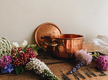 Load image into Gallery viewer, Vintage Copper Brass Pot with Top