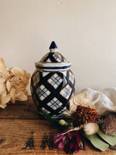 Load image into Gallery viewer, Vintage Blue & White Ginger Jar