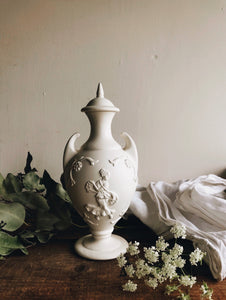 Vintage Muse Urn with Top