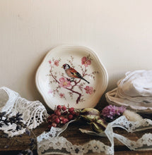 Load image into Gallery viewer, Vintage Bird Floral Trinket Dish