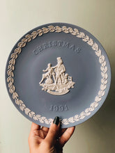 Load image into Gallery viewer, Christmas Collection ~ Wedgwood Plates (sold separately)