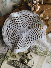 Load image into Gallery viewer, 70's Crochet Doily