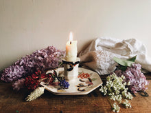 Load image into Gallery viewer, Vintage Floral Mason's Candle Holder