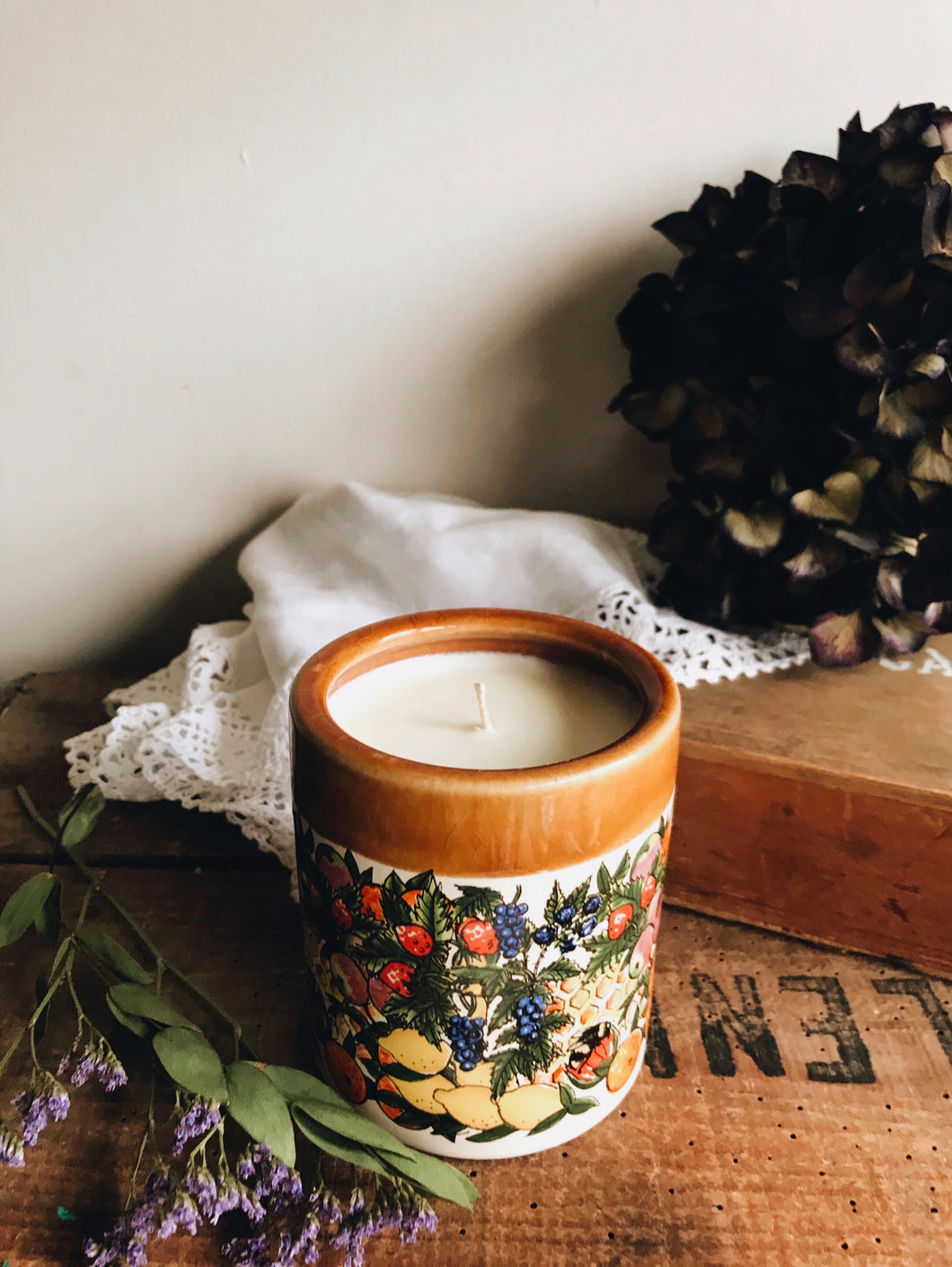 Fruits Preserve Timeless Scented Candle ~ Eucalyptus, Clearing Sage, Orange, Cedar Wood, Lavender & Oak Moss
