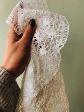 Load image into Gallery viewer, Large Vintage Lace Trim