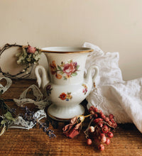 Load image into Gallery viewer, Vintage Swan & Rose Urn