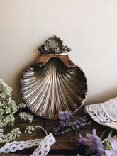 Load image into Gallery viewer, Victorian Silver Shell Dish