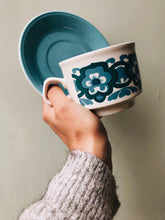 Load image into Gallery viewer, 1970s Staffordshire Retro Blue Cups