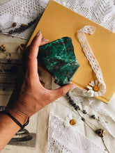 Load image into Gallery viewer, Vintage Green / Turquoise Crystal