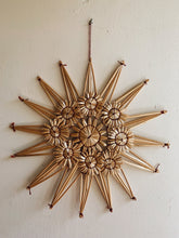 Load image into Gallery viewer, 1970's Straw Star Hanging