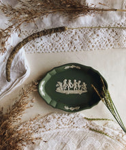 Load image into Gallery viewer, Vintage Green Wedgwood Cherub Dish
